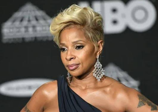 Net Worth of Mary J Blige: Whom Mary Blige's married to?