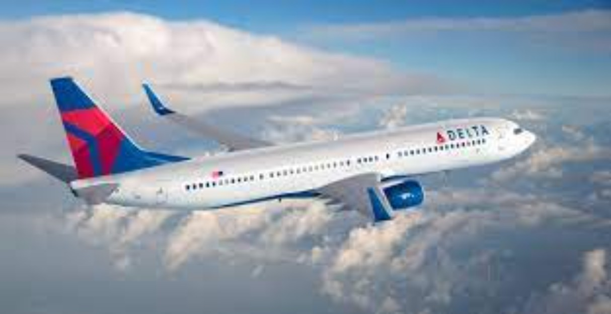 Delta will give iPhone 12 to flight attendants!